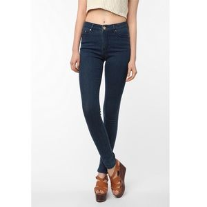 BDG UO High Rise Cigarette Jeans Dark Wash B601